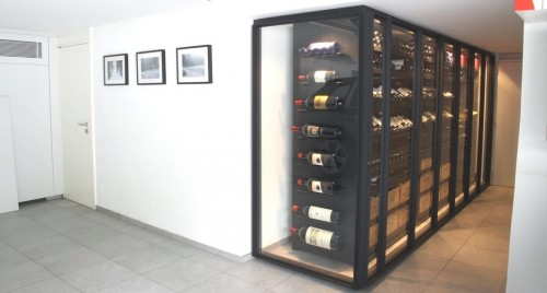 cave vin moderne custom wine cabinet metal glass architecture. Black Bedroom Furniture Sets. Home Design Ideas