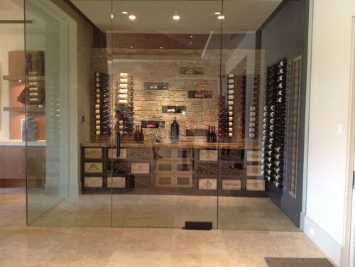 cave vin moderne black bird interiors wine cellar. Black Bedroom Furniture Sets. Home Design Ideas