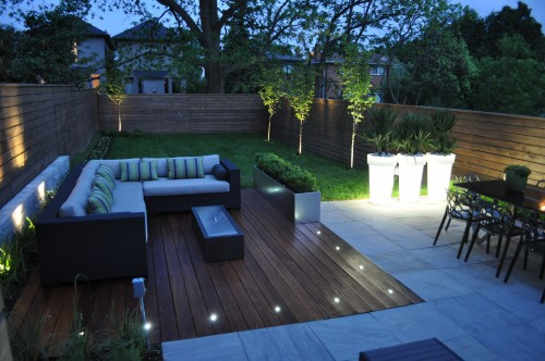 patio contemporain modern toronto backyard architecture. Black Bedroom Furniture Sets. Home Design Ideas